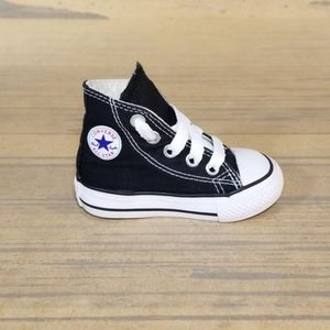 Converse All Star Chuck Taylor High Tops Shoes